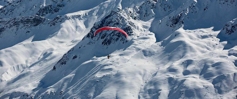 Gleitschirmflug Davos im Winter