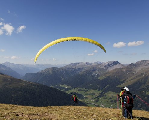 Procedure: Paragliding tandem flight from Jakobshorn