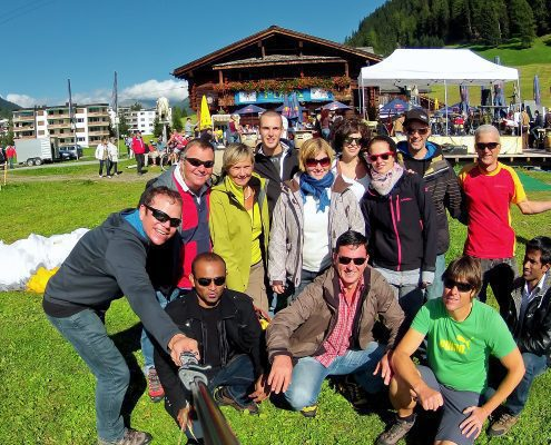 Paragliding flights with larger groups in Davos