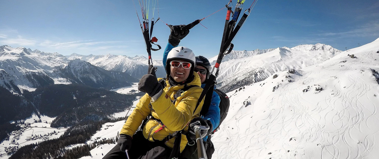 Gleitschirm-Tandemflug Davos Klosters