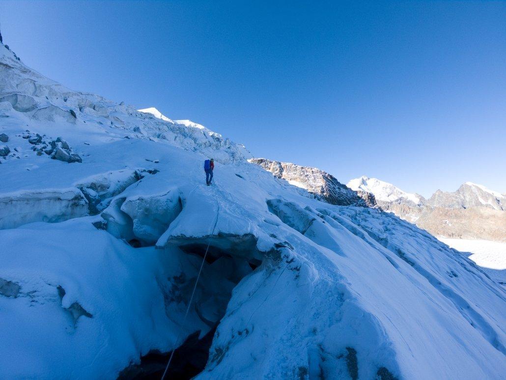 Piz Palü Aufstieg über Gletscherspalten
