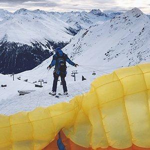 Ski and Fly Weissfluhjoch