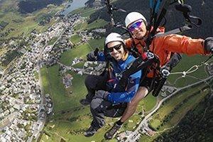 Early Bird Paragliding in Davos - Ruhige Flugbedingungen am frühen Morgen