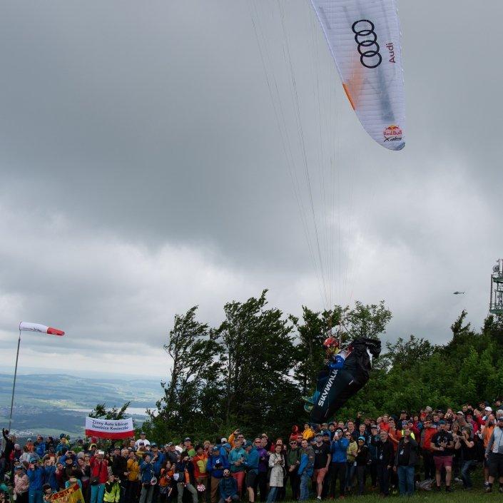 Red Bull X-Alps 2019 Paragliding Start am Gaisberg in Salzburg (Turnpoint 1)