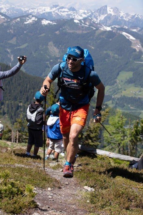 Red Bull X-Alps 2019 Prolog Gaspard Petiot im Aufstieg auf das Grießenkareck