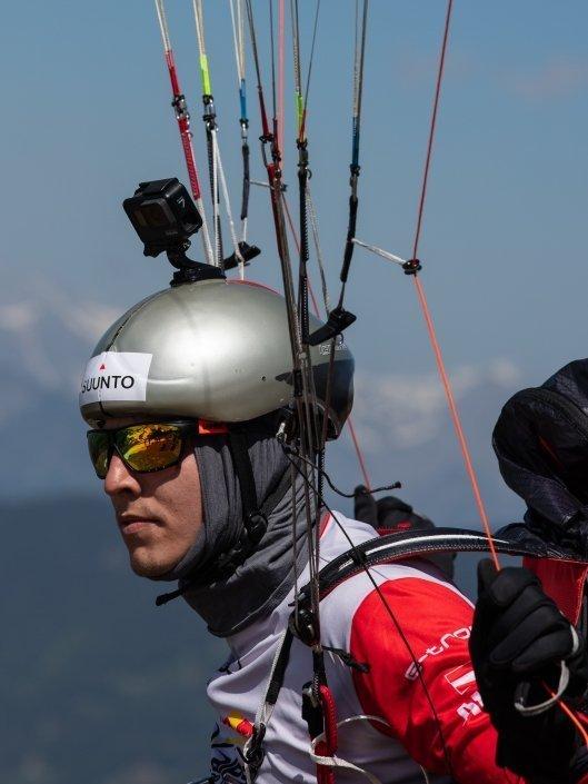 Red Bull X-Alps 2019 Prolog in Wagrain Somon Oberrauner mit seinem Skywalk X-Alps4 am Start