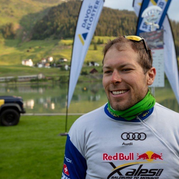 Red Bull X-Alps 2019 Patrick von Känel (Team SUI2) am Turnpoint Davos nach Gleitschirmflug vom Flüelapass
