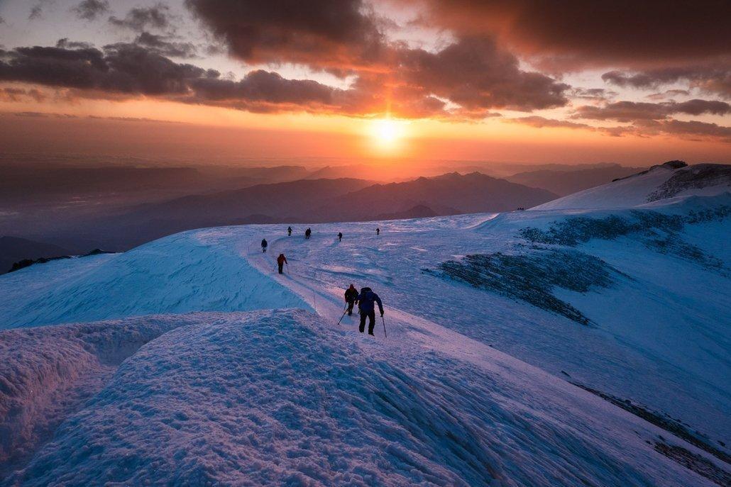 Hike and Fly Elbrus: Sonnenaufgang Gipfel